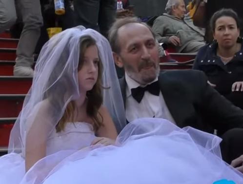 12 წლის გოგონა 65 წლის კაცზე გათხოვდა - ექსპერიმენტი (ვიდეო)