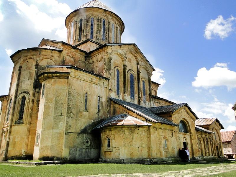 UNESCO-მ გელათის სამონასტრო კომპლექსი მსოფლიო მემკვიდრეობის ნუსხაში დატოვა