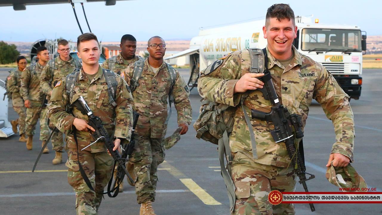 საქართველოში ამერიკელი სამხედრო მოსამსახურეების ახალი ნაკადი ჩამოვიდა
