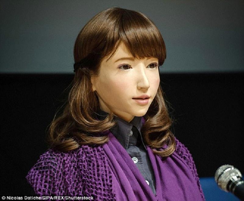 ჰუმანოიდი რობოტი ერიკა იაპონიის ტელევიზიაში საინფორმაციო გამოშვებას წაიყვანს