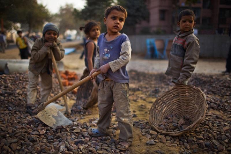 მსოფლიოში 152 მილიონ ბავშვს მუშაობა უწევს
