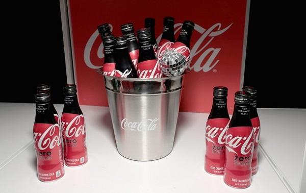 Coca-Cola პირველად ისტორიის განმავლობაში ალკოჰოლური სასმელების გამოშვებას იწყებს
