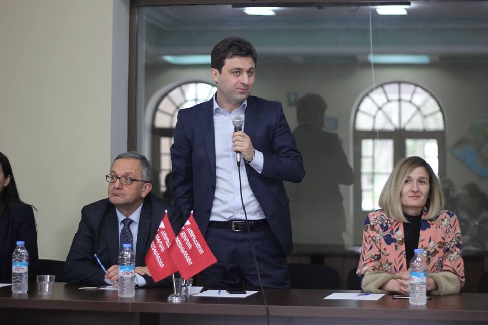 აღმოსავლეთ ევროპის უნივერსიტეტის რექტორი და ადმინისტრაციის წევრები წყალტუბოელ ახალგაზრდებს შეხვდნენ