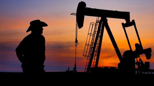 რუსეთმა ნავთობის მოპოვება 10 ათასი ბარელით გაზარდა