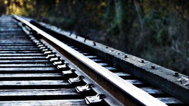 მარნეულში მამაკაცი, რომელიც რელსებზე იჯდა, მატარებლის დაჯახების შედეგად დაიღუპა