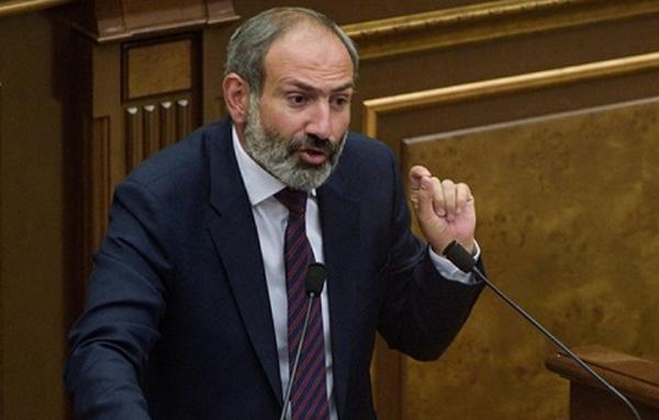 ნიკოლ ფაშინიანი სომხეთის პრემიერ-მინისტრის თანამდებობიდან გადადგა