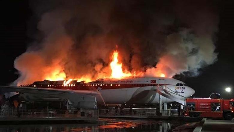 თურქეთში რესტორანი-თვითმფრინავი დაიწვა