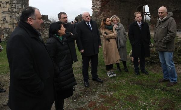სალომე ზურაბიშვილი ქუთაისში ქართულ- პოლონური არქეოლოგიური ექსპედიციის შედეგებს გაეცნო