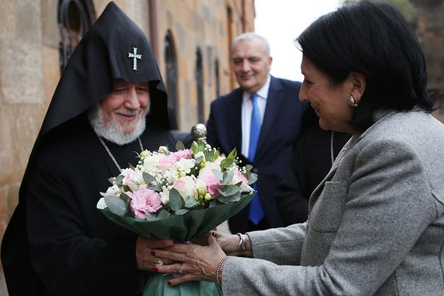 საქართველოს პრეზიდენტი სომეხთა კათოლიკოსს შეხვდა