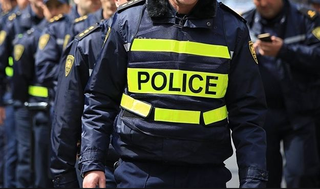 """""""საერთაშორისო გამჭვირვალობის"""" კვლევის თანახმად პოლიციას მოსახლეობის 80% სრულად ან ნაწილობრივ ენდობა"""