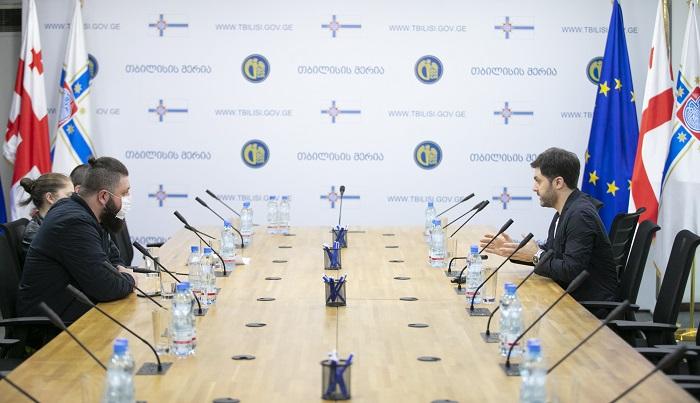 ფინანსთა მინისტრის მოადგილეები სომხეთის რესპუბლიკის სახელმწიფო შემოსავლების კომიტეტის წარმომადგენლებს შეხვდნენ