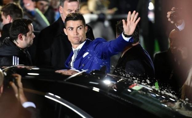 რონალდუმ Bugatti 11 მლნ ევროდ შეიძინა