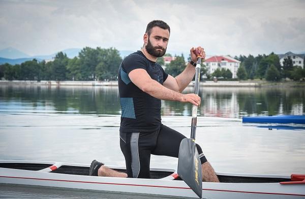 ქართველმა ნიჩბოსანმა ზაზა ნადირაძემ მსოფლიო თასი მოიგო