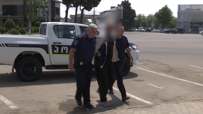 პოლიციამ ახალგაზრდა ქალის თვითმკვლელობის ცდამდე მიყვანის ფაქტზე მისი მეუღლე დააკავა