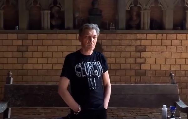 ალექსანდრე ნევზოროვის პერფორმანსი საქართველოს მხარდასაჭერად   ვიდეო
