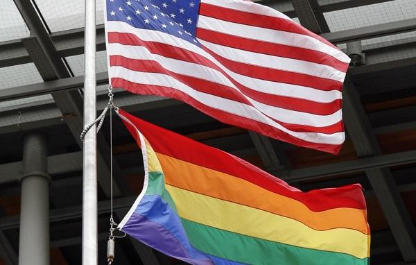 საელჩოების შენობებზე მხოლოდ ამერიკის დროშა უნდა ფრიალებდეს - მაიკ პომპეო აშშ-ის საელჩოების შენობებზე ლგბტ დროშების აღმართვის წინააღმდეგია