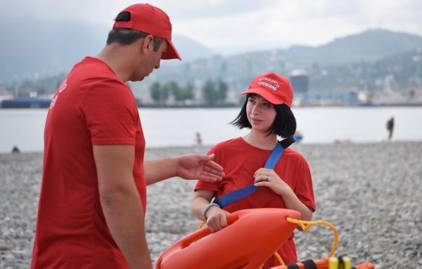 რა ფუნქცია ექნებათ ქალ მაშველებს, რომლებიც სანაპირო ზოლზე წელს პირველად გამოჩდნენ