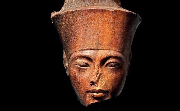 ეგვიპტე აუქციონზე გაყიდული ტუტანჰამონის ბიუსტის მოძებნაში დახმარებას ინტერპოლს სთხოვს