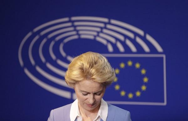 ევროპარლამენტმა ურსულა ფონ დერ ლაიენი ევროკომისიის პრეზიდენტად აირჩია