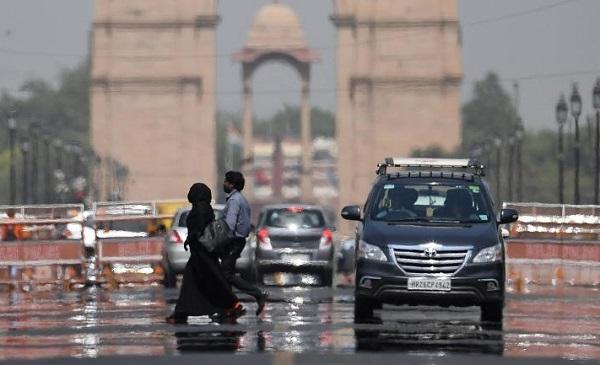 ინდოეთში, 48 გრადუს ტემპერატურას 100-ზე მეტი ადამიანის სიცოცხლე ემსხვერპლა