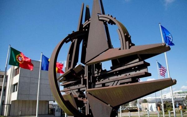 ბრიუსელში NATO-ს ძველ შტაბბინას გამოემშვიდობნენ