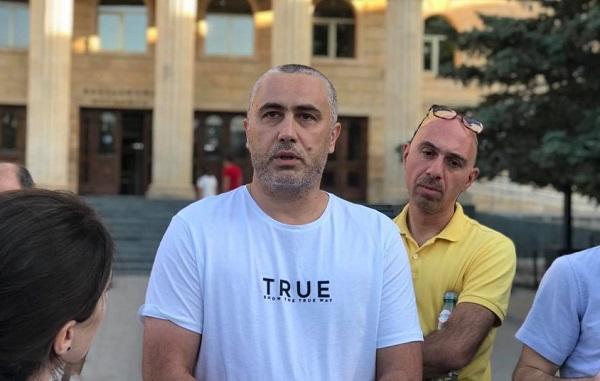 სასამართლომ ბეჟან ლორთქიფანიძე გირაოს სანაცვლოდ გაათავისუფლა