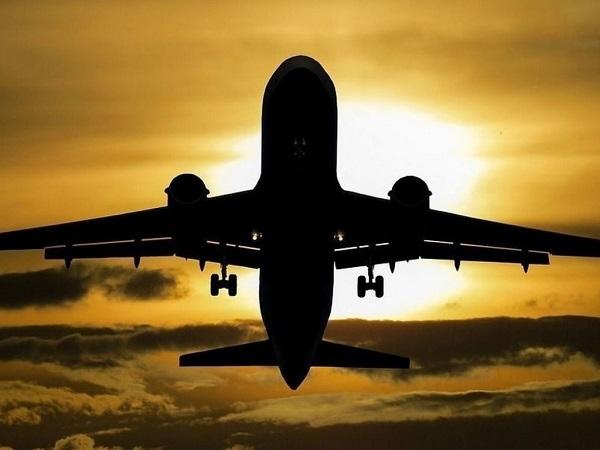უკრაინამ რუსულ თვითმფრინავს საჰაერო სივრცე გაუხსნა