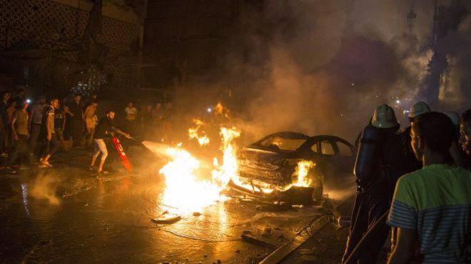 ეგვიპტეში მანქანების აფეთქებას სულ მცირე 19 ადამიანი ემსხვერპლა