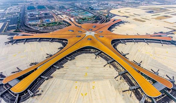 პეკინში, მსოფლიოში უდიდესი აეროპორტი გაიხსნა