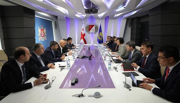 ფინანსთა მინისტრი ივანე მაჭავარიანი საერთაშორისო სავალუტო ფონდის მისიას შეხვდა