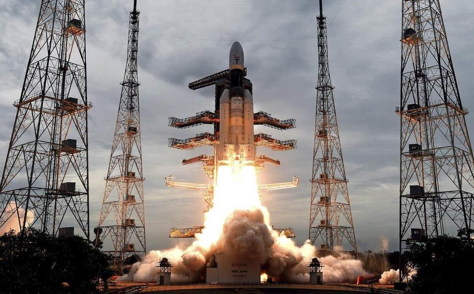 ინდოეთის კოსმოსურმა ხომალდმა, მთვარეზე დაჯდომამდე 1 წუთით ადრე, დედამიწასთან კონტაქტი დაკარგა
