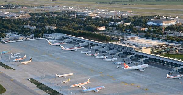 2020 წლიდან ბორისპოლის საერთაშორისო აეროპორტის მეორე ასაფრენ/დასაფრენი ბილიკის რეაბილიტაცია იგეგმება
