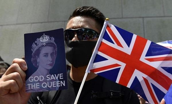 ჰონგ კონგის საპროტესტო აქციის მონაწილებმა ბრიტანეთის ჰიმნი იმღერეს | ვიდეო