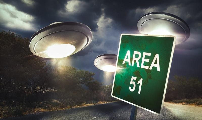 """აშშ-ის ყველაზე გასაიდუმლოებულ ბაზა """"არეა 51""""-ში 20 სექტემბერს 2 მილიონი ადამიანი შეჭრას გეგმავს"""