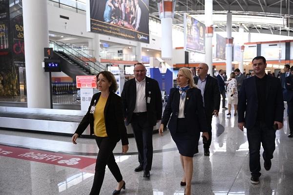 """ნათია თურნავა - """"ტავ ჯორჯიას"""" გარკვეული ვადა  მივეცით, გამოასწოროს ის ხარვეზები, რაც თბილისის საერთაშორისო აეროპორტში აღმოვაჩინე"""