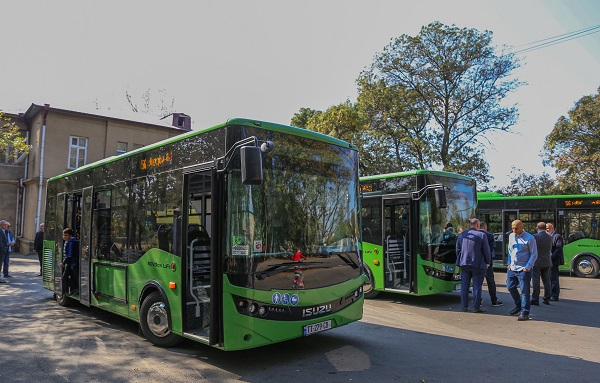 ორხევის დასახლებას ISUZU-ს მარკის  5 ახალი ავტობუსი მოემსახურება