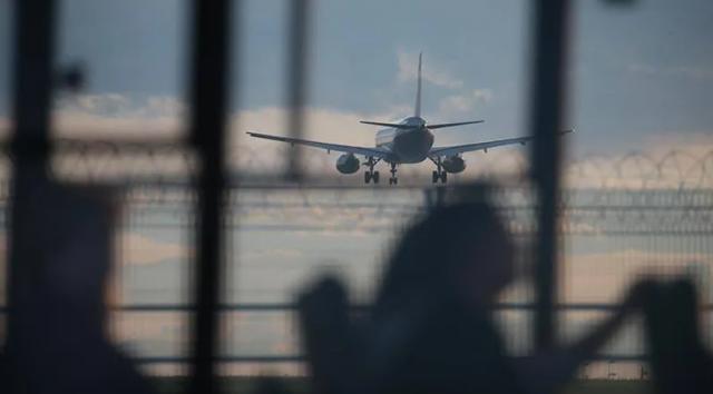 2018 წელს მსოფლიო ტურისტების 58%-მა გადაადგილებისთვის ავიატრანსპორტი აირჩია