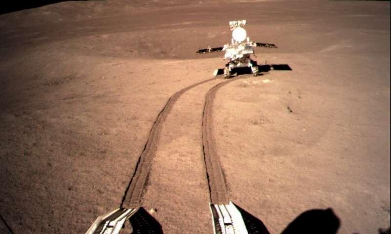 ჩინეთი მთვარის ბნელ მხარეს გელის მსგავსი უცნაური მასის ახალ, დეტალურ ფოტოს აქვეყნებს | ფოტო