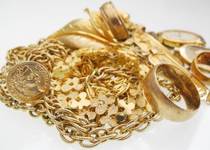 შემოსავლების სამსახურის მებაჟე ოფიცრებმა არადეკლარირებული ოქროს ნაკეთობები გამოავლინეს