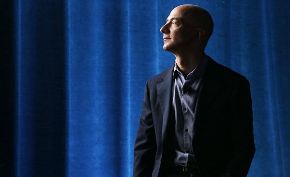 Amazon-ის დამფუძნებელმა ჯეფ ბეზოსმა დღე-ღამეში 7 მლრდ დოლარი დაკარგა