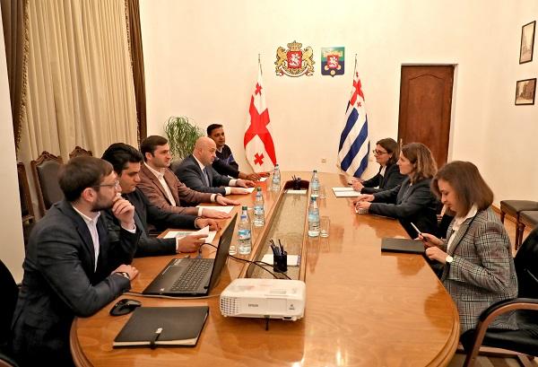 თორნიკე რიჟვაძე EBRD-ის რეგიონულ დირექტორს შეხვდა