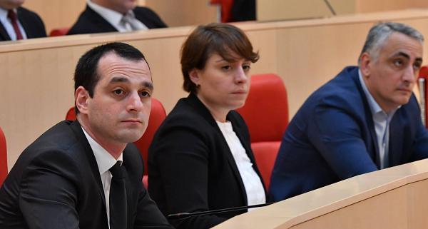 """""""ევროპული საქართველო"""" პარლამენტის პლენარულ სხდომებს პოლიტიკურ ბოიკოტსუცხადებს"""