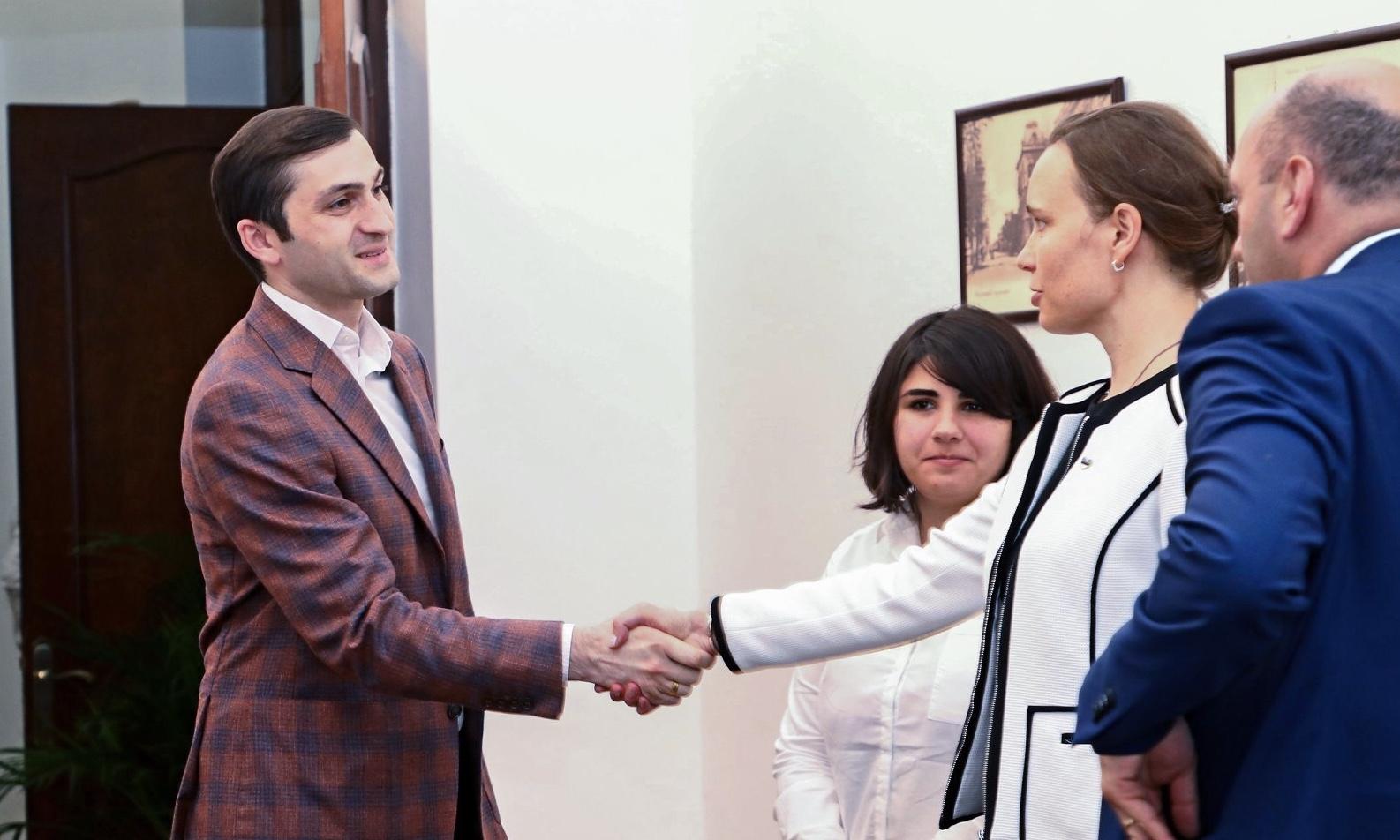 თორნიკე რიჟვაძე ესტონეთის ელჩს და UNICEF-ის წარმომადგენელს შეხვდა