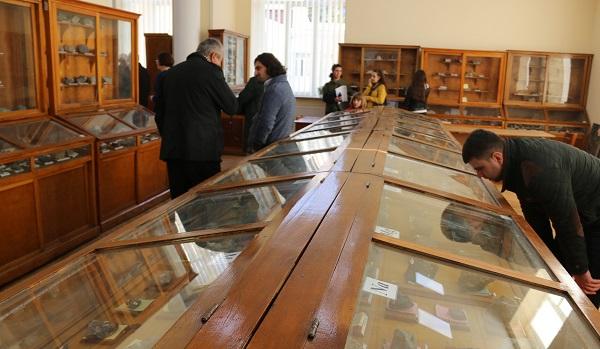 სტუ-ში საინჟინრო გეოლოგიის მოდერნიზებული ლაბორატორია და წიაღისეულის განახლებული მუზეუმი გაიხსნა