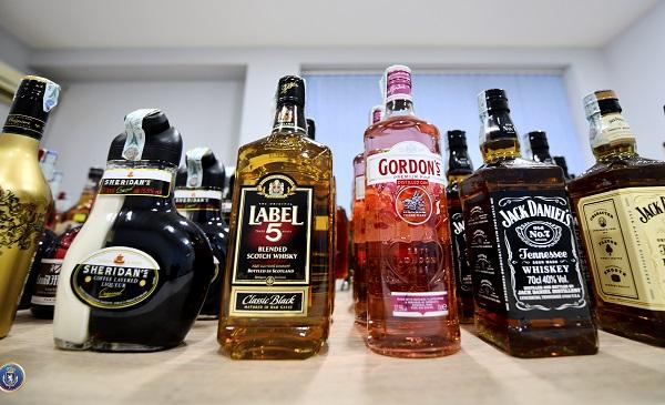 საგამოძიებო სამსახურმა უაქციზო ალკოჰოლური სასმელის შენახვა - რეალიზაციის ფაქტზე  ერთი მეწარმე სუბიექტი ამხილა