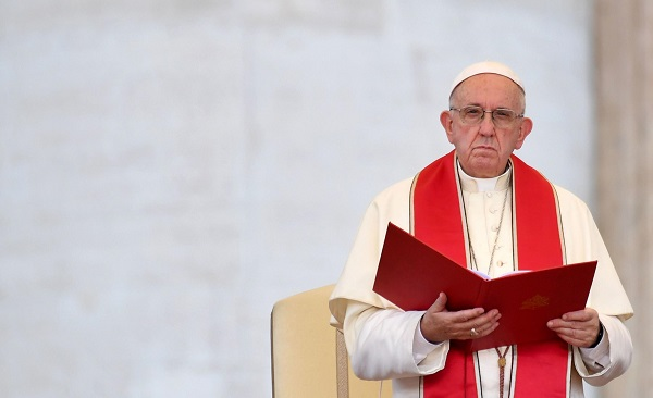 """პაპი ფრანცისკეს თქმით, ის """"ნორმანდიული ოთხეულის"""" სამიტის წარმატებისთვის ლოცულობს"""