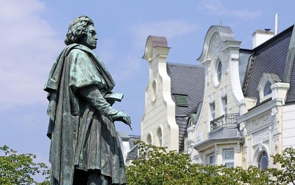 ბეთჰოვენის დაუმთავრებელ სიმფონიას ალგორითმი დაასრულებს 🎵