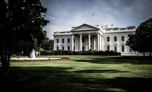 თეთრი სახლი დარწმუნებულია, რომ სამართლიანობას სენატი აღადგენს