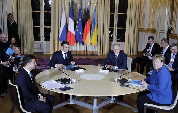 """პარიზში """"ნორმანდიული ოთხეულის"""" შეხვედრა მიმდინარეობს"""