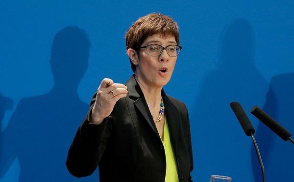 ხანგოშვილის მკვლელობა გაართულებს ბერლინსა და მოსკოვს შორის ურთიერთობებს - გერმანიის თავდაცვის მინისტრი